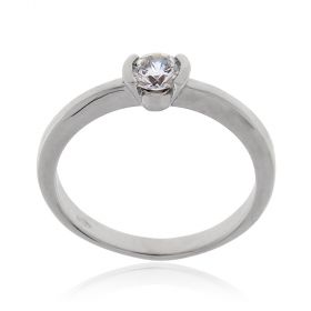 White gold solitaire ring with brilliant-cut zircon