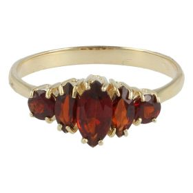 Yellow gold ring with five garnets