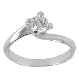 Four-jaw white gold solitaire ring with zirconia