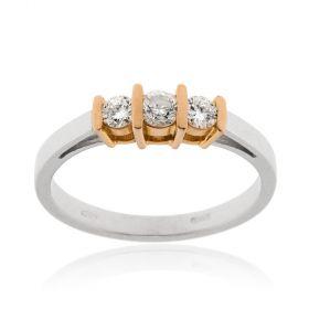 Anello trilogy in oro bianco e rosé con diamanti 0.30ct