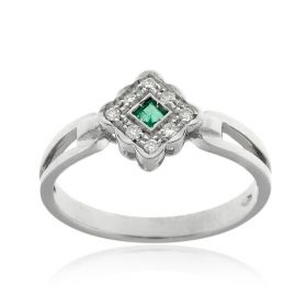 18kt white gold ring with diamonds and emerald