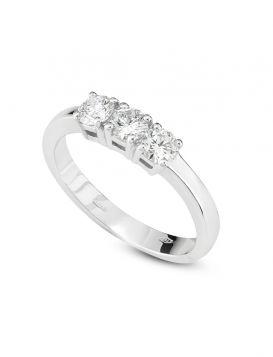 White gold trilogy ring with 0.60ct diamonds | Gioiello Italiano
