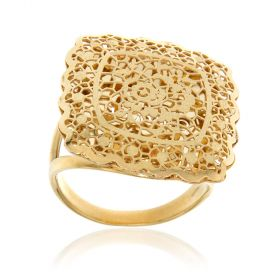 Yellow gold lace square ring
