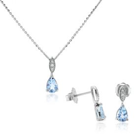 18kt white gold set with aquamarine and diamonds