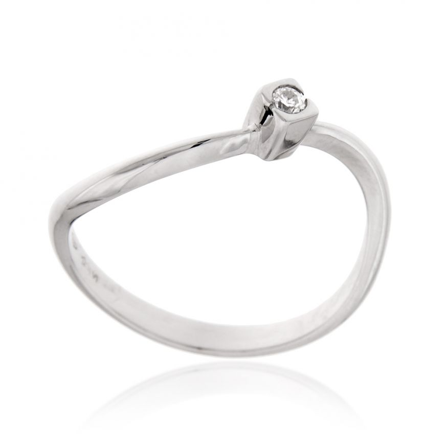 White gold solitaire ring with 0.05ct diamond | Gioiello Italiano