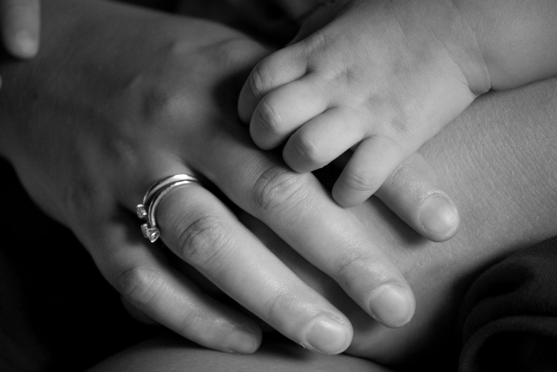 Cosa regalare per la festa della mamma | Gioiello Italiano
