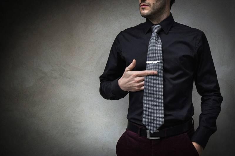 Come indossare il fermacravatta | Blog Gioiello Italiano